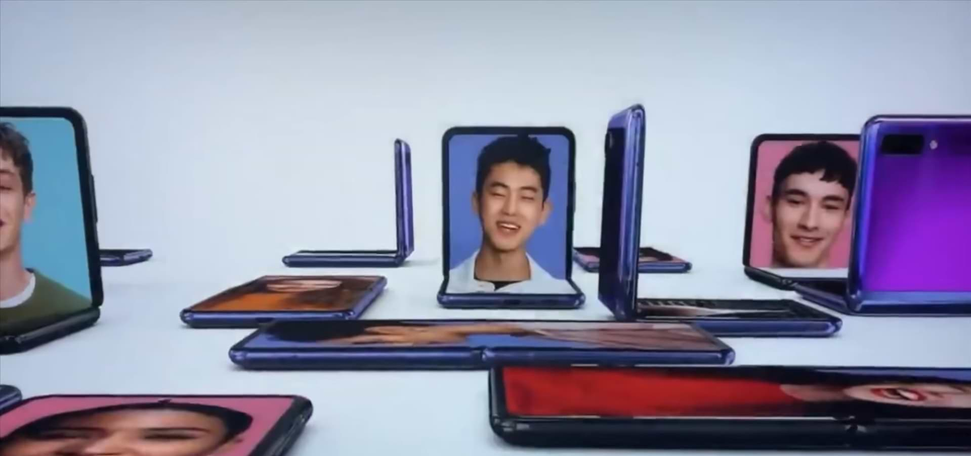 Galaxy Z Flip Samsung has shown its new folding mobile in the Oscars