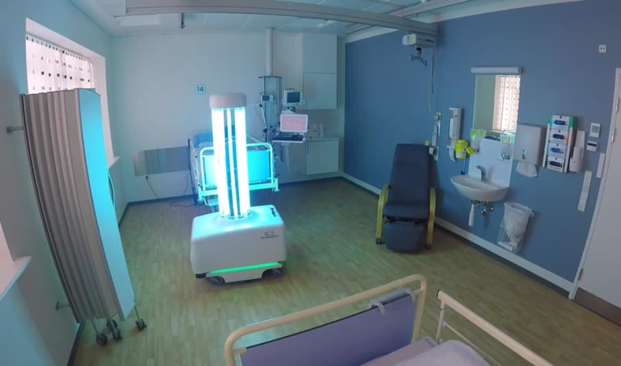 Robots That Emit UV Light Will Be Used In China To Disinfect Hospitals