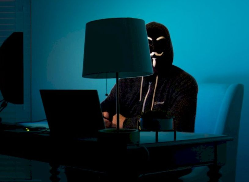 A Man Threatened by Hackers, It Turns Out That The Perpetrator Is His Own Child