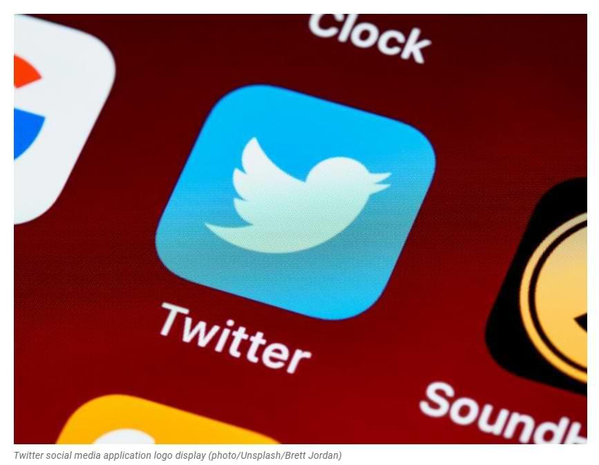 Because of Deleting President's Tweets, Nigeria Blocks Twitter Sites
