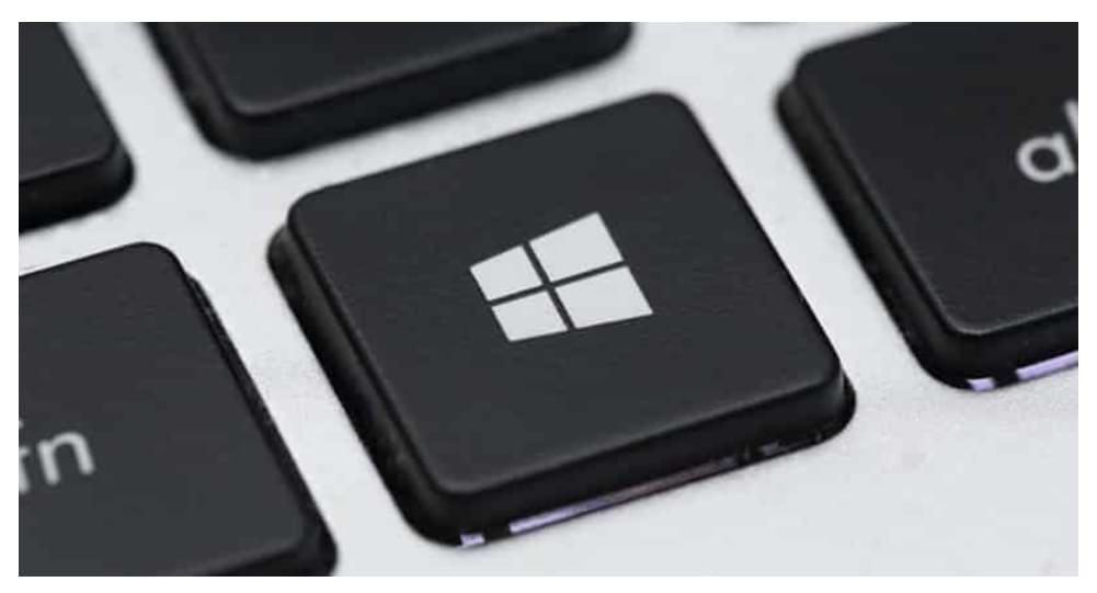 What is the Windows key and what is it for on my PC