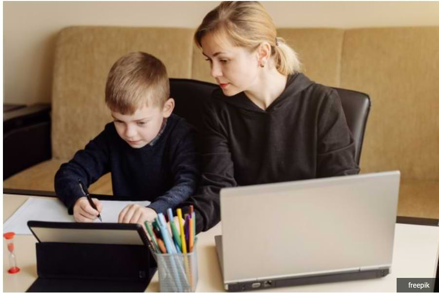 Tips for Safe When Children Surf the Internet, Prevent Hackers and Bullies