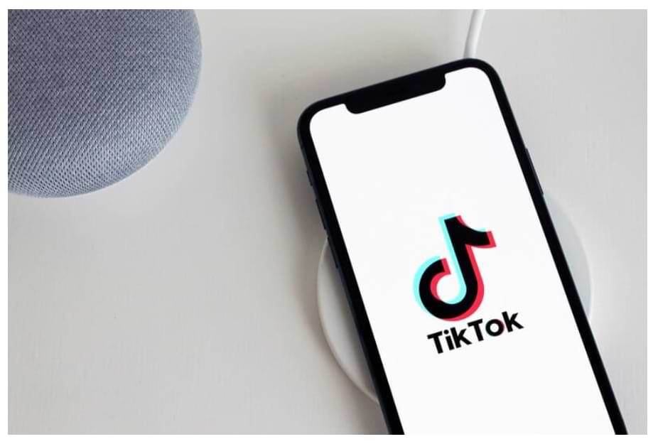 How to find a TikTok user - Sync friends from social networks